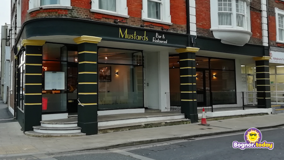 Mustards Bar & Restaurant